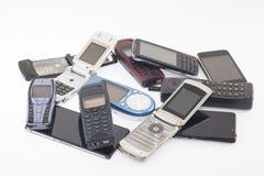 Gamla och nya mobiltelefoner, smartphone Arkivbilder