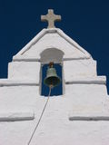 Gamla ortodoxa kyrkliga Klocka i Mykonos, Grekland Arkivfoton