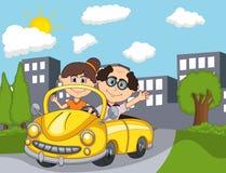 Gamla passagerare för bil och för ett par med stadsbakgrundstecknade filmen vektor illustrationer