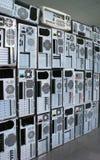 Gamla persondatorer och PCfall Arkivfoto