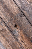 Gamla plankor med en distinkt wood struktur arkivfoto