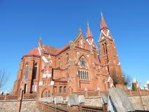 Gamla röda tegelstenar kyrka, Litauen Royaltyfria Bilder