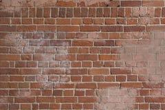 Gamla röda tegelstenar och vitt cement, väggtextur Royaltyfria Bilder