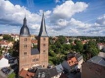 Gamla röda torn för Rote Spitzen Altenburg medeltida stad arkivbild