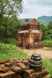 Gamla religiösa byggnader från den Champa välden - chamkultur I min son nära Hoi, Vietnam Georgia Mtskheta Arkivfoto