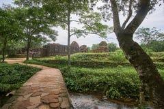 Gamla religiösa byggnader från den Champa välden - chamkultur I min son nära Hoi, Vietnam Georgia Mtskheta Arkivbilder