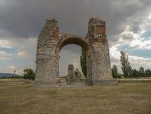 Gamla Roman Gate Heidentor på Carnuntum, Österrike Europa arkivfoto