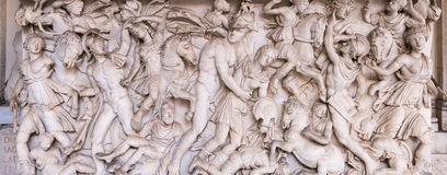 Gamla Roman Relief royaltyfri bild