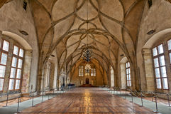 Gamla Royal Palace, Prague, Tjeckien fotografering för bildbyråer