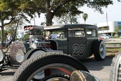 Gamla Rusty American Rat Rods som baseras på gamla Ford Royaltyfria Bilder