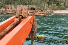 Gamla Rusty Folding Grapnel Anchor arkivbilder
