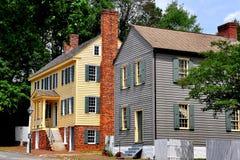 Gamla Salem, NC: 18th århundradeMain Street hus Royaltyfri Fotografi