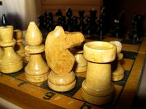 Gamla schackstycken Royaltyfri Bild