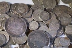 Gamla silverUSA-mynt Arkivbild