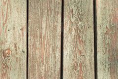 Gamla sjaskiga träplankor Arkivfoto