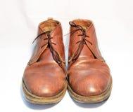 Gamla skor för man Royaltyfri Bild