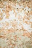 Gamla spruckna väggar för bakgrund av byggnaden - utrymme för text eller bild Arkivbilder