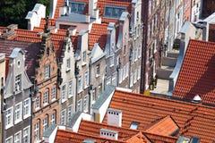 Gamla stadbyggnader i mitten av Gdansk Polen Royaltyfri Bild