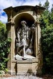 Gamla statyer i Aixen provence i joseph sekundmausoleum Royaltyfri Fotografi