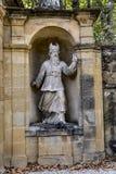 Gamla statyer i Aixen provence i joseph sekundmausoleum Royaltyfri Bild