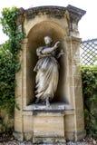 Gamla statyer i Aixen provence i joseph sekundmausoleum Royaltyfria Foton