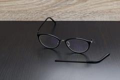 Gamla svarta exponeringsglas med benbrott Royaltyfri Bild
