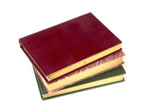 Gamla tappningböcker som isoleras på vit bakgrund Royaltyfri Bild