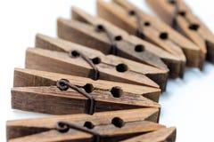 Gamla träklämmor Arkivbild