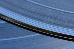 Gamla vinylrekord med retro handlag Arkivfoton