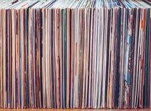 Gamla vinylrekord, samling av album Royaltyfria Bilder