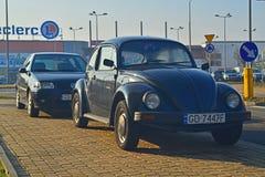 Gamla Volkswagen parkerade Royaltyfri Bild