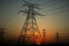 πυλώνες ηλεκτρικής ενέρ&gamm Στοκ Φωτογραφία
