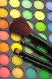 Gamma di colori e spazzole delle ombre di occhio Immagine Stock