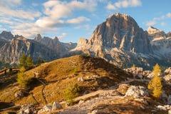 Gamma dopo il tramonto, alpi di Tofana della dolomia Immagini Stock Libere da Diritti