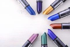Gamma moderna di colore del rossetto di trucco Fotografia Stock