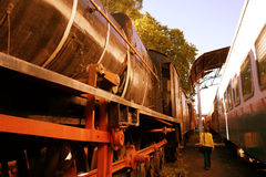 Gammal ångalokomotiv Royaltyfri Fotografi