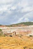 Gammal ångalokomotiv som överges i den Rio Tinto minen Royaltyfri Foto