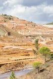 Gammal ångalokomotiv som överges i den Rio Tinto minen Arkivfoton
