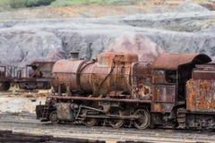 Gammal ångalokomotiv som överges i den Rio Tinto minen Royaltyfri Fotografi
