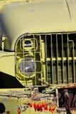 Gammal övergiven armélastbil Royaltyfri Fotografi