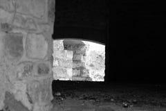 Gammal övergiven bakgrund för smältningpanna royaltyfri fotografi