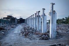 Gammal övergiven fabrik i Polen Royaltyfri Foto