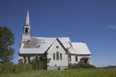 Gammal övergiven kyrka royaltyfria bilder