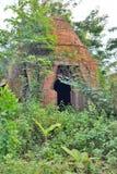 Gammal övergiven panna Mekong deltaregion Cai Be vietnam Royaltyfri Bild