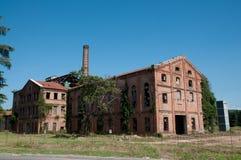 gammal abandonded fabrik Fotografering för Bildbyråer