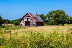 Gammal Abandonded ladugård i Oklahoma Royaltyfri Bild
