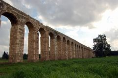 gammal akvedukt Arkivfoto