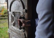 Gammal antik wood dörr Royaltyfri Bild