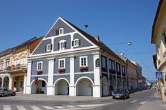Gammal arkitektur av Pozega, Kroatien Arkivfoton