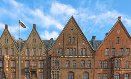 Gammal arkitektur i Bergen, Norge royaltyfri bild